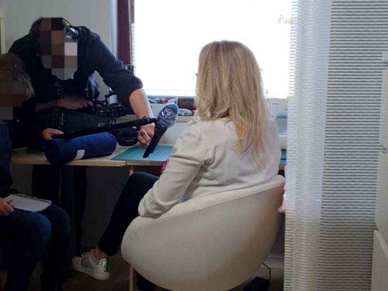 Fernsehdreh BR Modelabel für kräftige Mädchen Interview