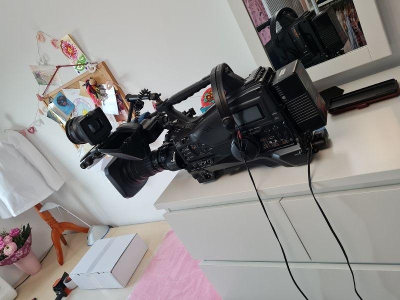 Fernsehdreh BR Modelabel für kräftige Mädchen Kamera