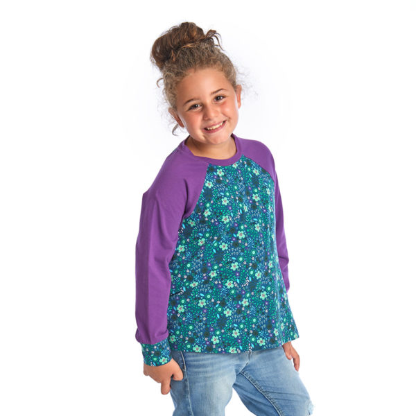 proud little cloud longsleeve bluetentraum lila gruen